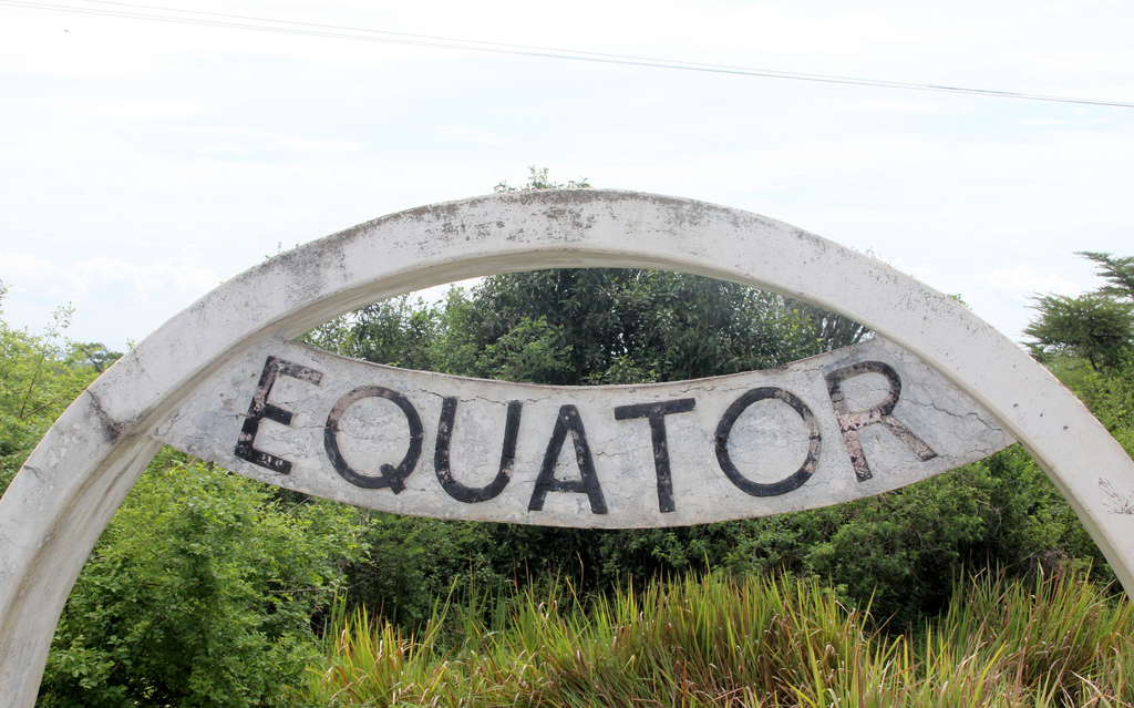 Uganda - the Equator sign